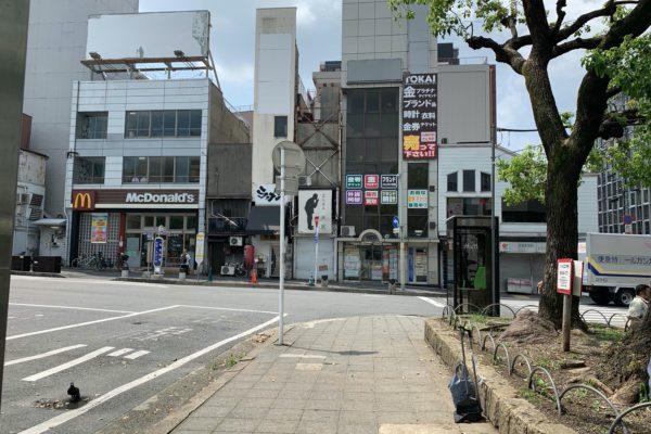 四条大宮店上がっていただき左側正面に店舗がございます。