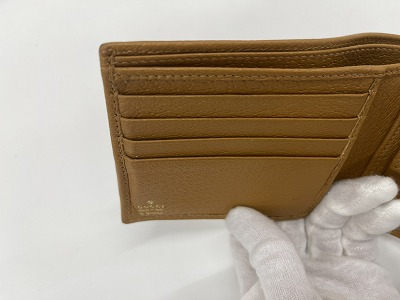 グッチ 折り財布