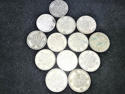 100円銀貨稲穂